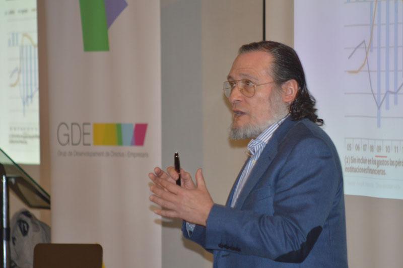 GDE - Macroeconomia conjuntura i entorn social a Catalunya / Espanya